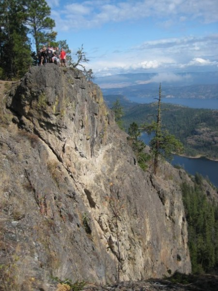hayman-cliffs-rose-valley-view