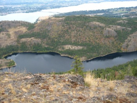 rose-valley-view-from-cliffs-above-hayman-lake