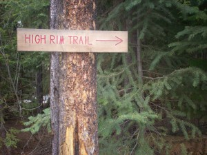 High Rim Trail Head Sign near the Wrinkly Face Provincial Park border and Aberdeen Road crossing.
